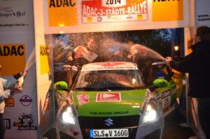 Zieleinlauf 3-Städte-Rallye 2014: Titelgewinn im ADAC Rallye Masters